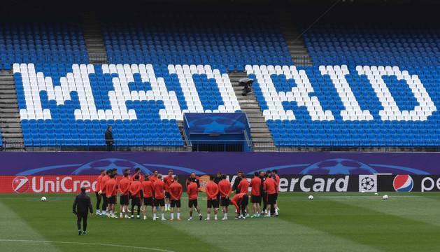 El Atlético de Madrid, en el último entrenamiento en el Vicente Calderón.