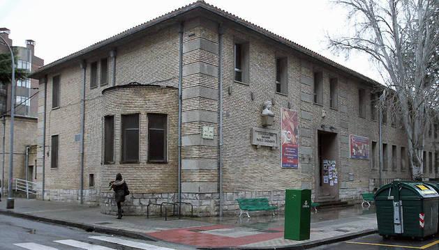 Exterior del antiguo Conservatorio Pablo Sarasate, en la calle Aoiz, número 9.