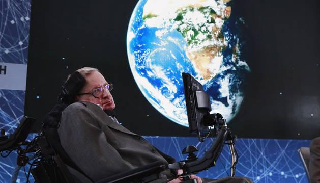 El científico británico Stephen Hawking, en la rueda de prensa.