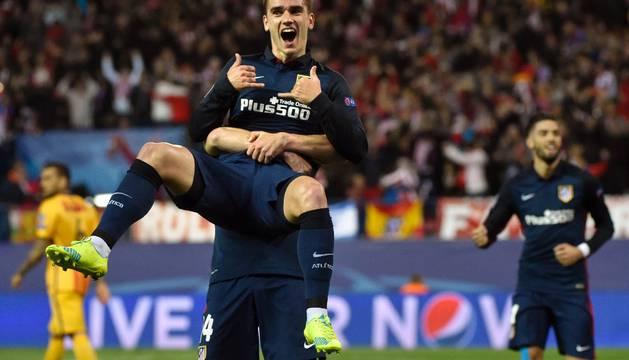 Griezmann celebra el 1-0 contra el Barcelona.