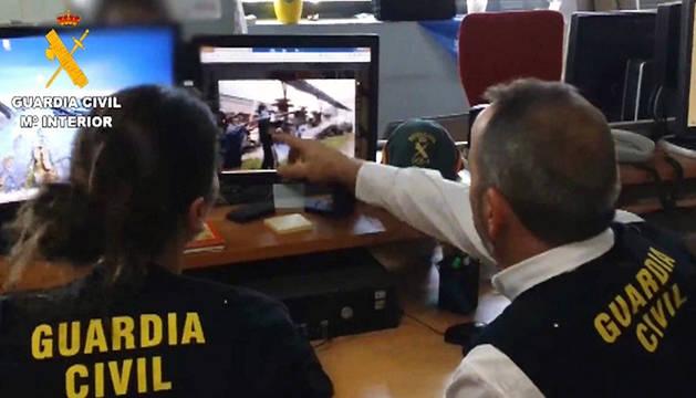 Imagen extraída del vídeo facilitado por la Guardia Civil de la operación Araña, en abril de 2014.
