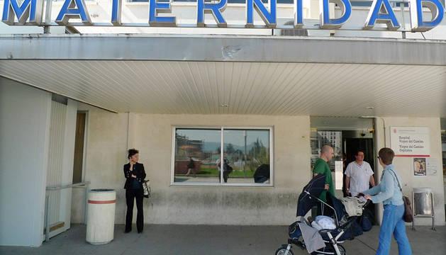 Puerta de la Maternidad en Virgen del Camino.