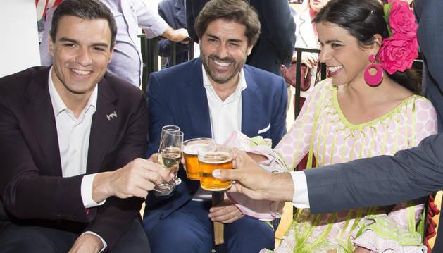 Sánchez pide a Iglesias que, si no le apoya, opte al menos por la abstención