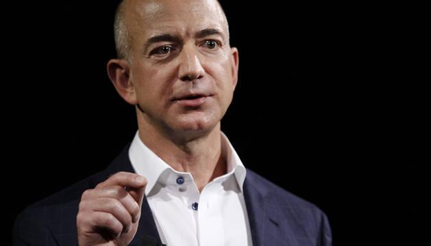 Rusia ofreció a Jeff Bezos volar a la Luna por 200 millones de dólares