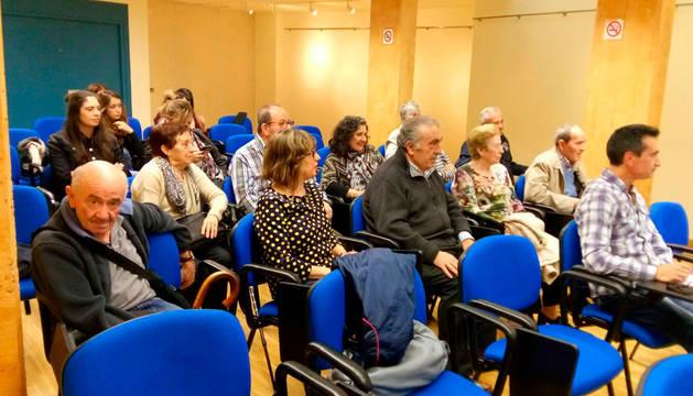 Imagen de parte de los asistentes a la charla sobre el Parkinson.