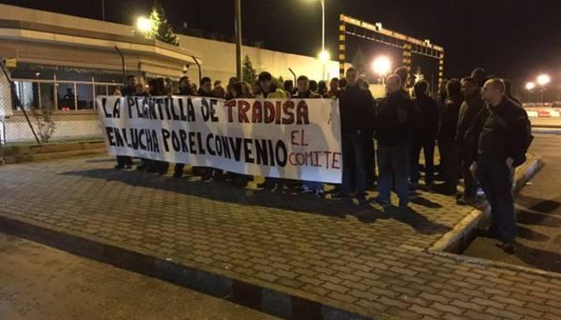 Protesta de los trabajadores de Tradisa.