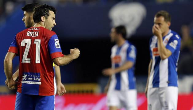 Rossi celebra el gol contra el Espanyol.