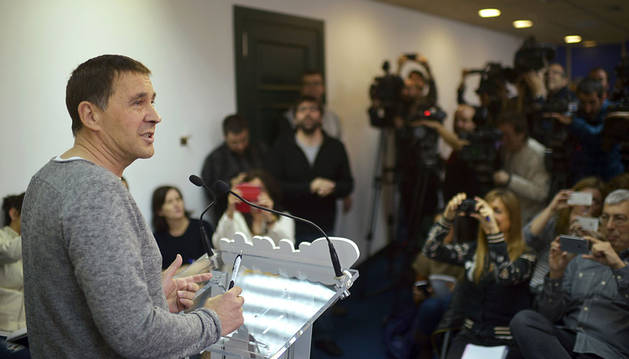 El líder de EH Bildu, en su comparecencia de hoy en Bilbao.