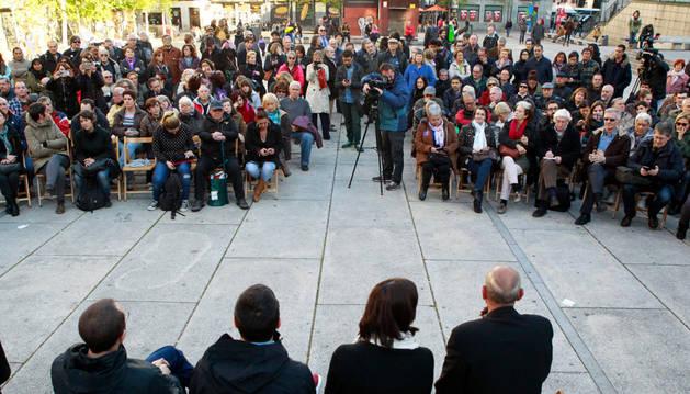Acto de Podemos para informar de la consulta ciudadana.