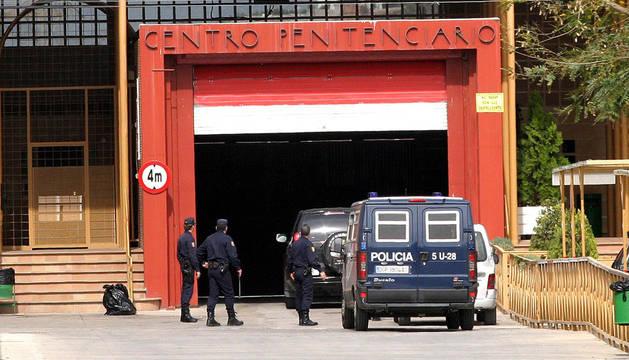 Heridos cinco jóvenes en un accidente a la entrada de la cárcel de Alhaurín