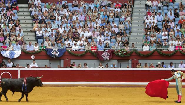 Imagen de un festejo taurino en la plaza de Illumbe, durante la Semana Grande.