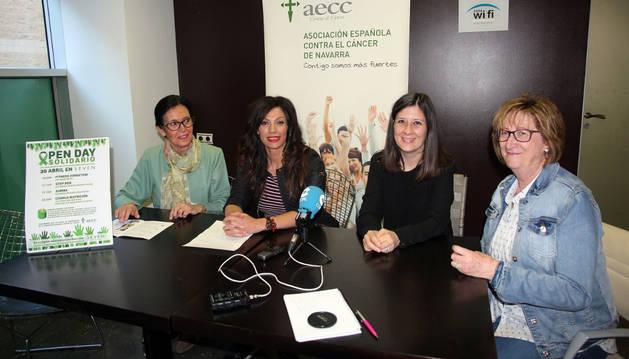 De izda. a dcha., Mamen Motilva, Arancha Aznar, Marisa Villafranca y Maite Gil, en la presentación del evento.