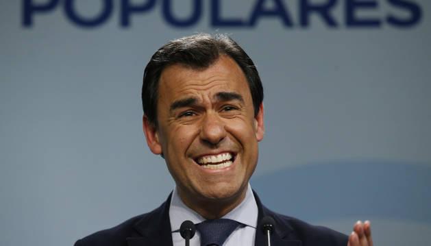 Rajoy tiene intención de llamar a Sánchez pero el PP espera aún un gesto de PSOE