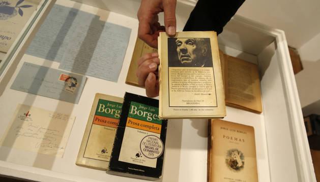 Parte de la exposición 'El infinito Borges'.