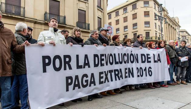 El Estado devolverá toda la 'extra' en abril-mayo y Navarra, para 2018