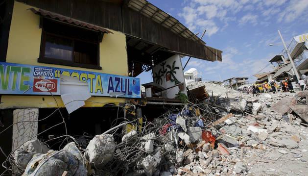 El terremoto de Ecuador deja 525 muertos, según el último balance oficial