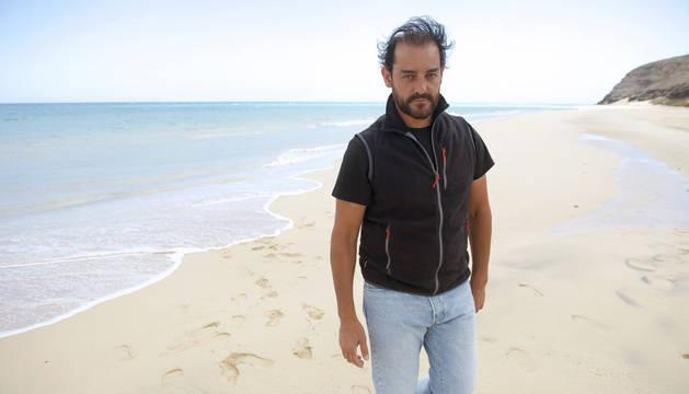 Naturaleza el hombre que nada con las orcas no quiere for Acuarios zona norte