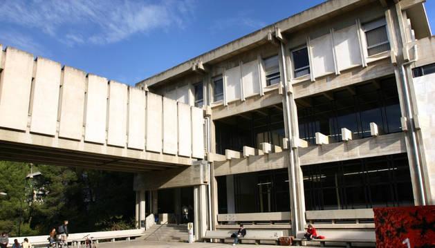 Facultad de Economía y Empresa de la Universitat Autònoma de Barcelona.