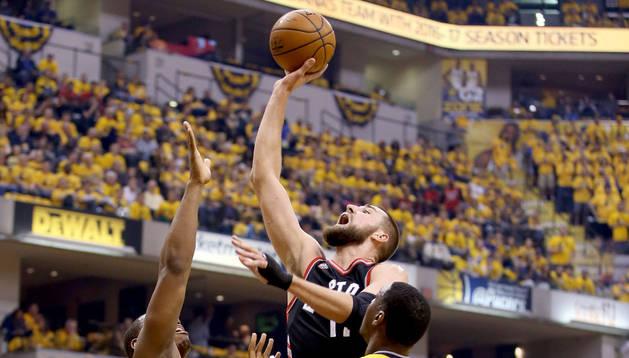 Thunder y Raptors recuperan la ventaja en el campo