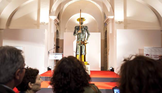 El Centro Cultural San Marcos de Toledo ha acogido el acto de presentación del Quijote de Mazapán más grande del mundo.