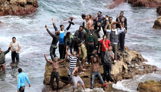 El recuento final eleva a 119 los inmigrantes que han entrado en Ceuta
