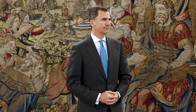 El Rey constata que los partidos ya han tirado la toalla y pide una campaña austera