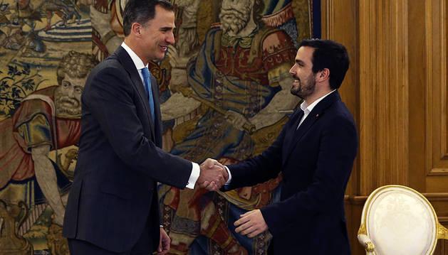 Alberto Garzón reanuda la agenda de contactos del Rey