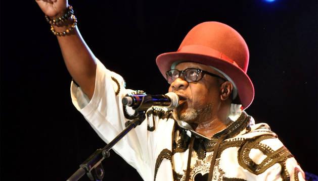 Papa Wemba, en el Festival de Músicas Urbanas de Anoumabo (FEMUA).