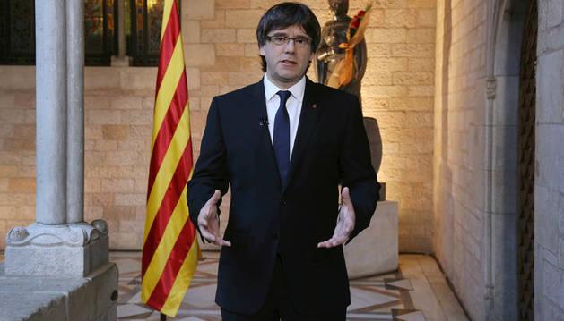 Carles Puigdemont, durante su declaración institucional.
