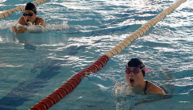 Imágenes de la sexta jornada de natación en categoría Benjamín de los Juegos Deportivos de Navarra.