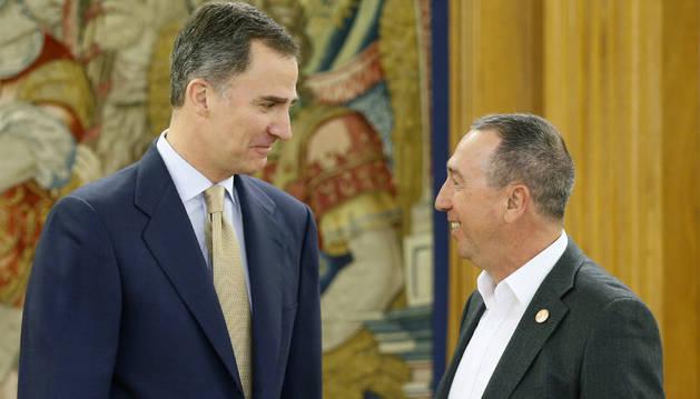 El rey Felipe VI ha recibido en el Palacio de la Zarzuela al portavoz de Compromís, Joan Baldoví.