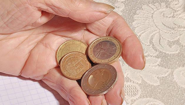 La pensión media se sitúa en Navarra en el mes de abril en 1.030,87 euros.