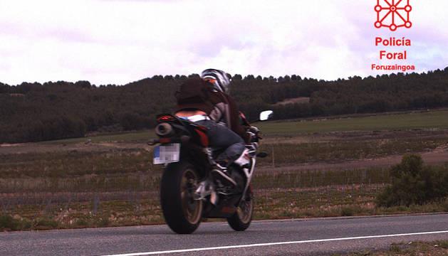 Motocicleta a 209 km/h.
