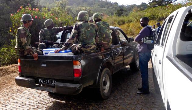 Dos civiles españoles mueren en un ataque a un cuartel militar de Cabo Verde