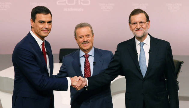 Mariano Rajoy y Pedro Sánchez, antes del 'cara a cara' de la campaña electoral.