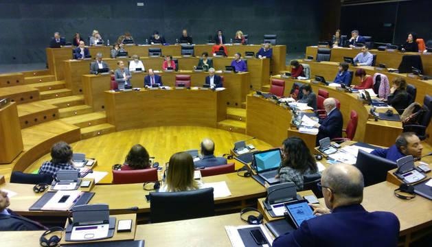 Sesión de este jueves en el Parlamento.