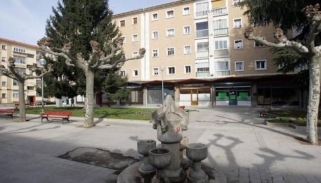 Imagen de la plaza de Puente la Reina, en la Chantrea.