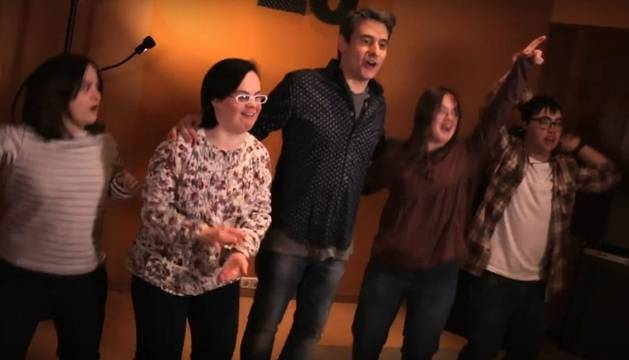 Lanzan un videoclip por la inclusión laboral de las personas con síndrome de Down