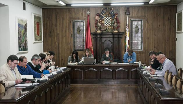 """Bildu y Ezkerra de Baztan rechazaron sus presupuestos por """"una enmienda ilegal"""""""