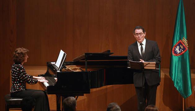 Maite Ascunce e Iñaki Fresán, en un concierto en 2009.