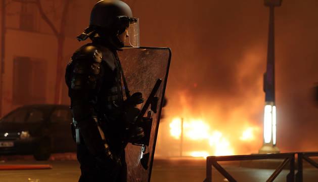 Guerrilla urbana contra la reforma laboral en Francia
