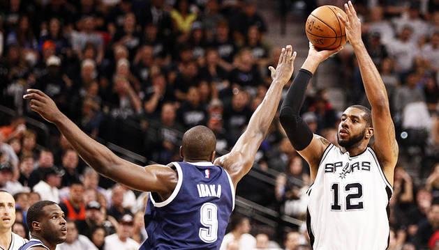 Aldridge guía a los Spurs en el triunfo sobre Thunder (124-92)