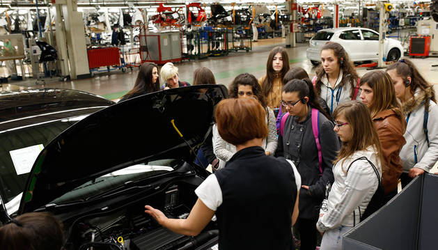 Volkswagen Navarra reclama más potencial femenino