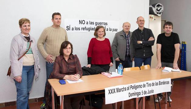 De izda. a dcha., Ana Mª Ruiz, José Antonio Fraile, Begoña Aguirre, Milagros Rubio, Jesús Mari Rubio, Eduardo Navascués y José Luis Ruiz.
