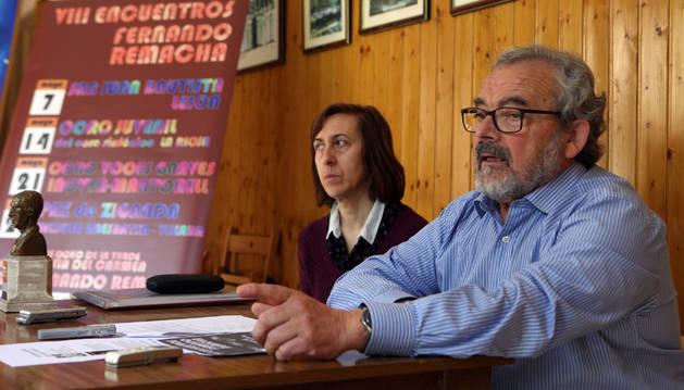 Mª Ángeles Bienes y Manuel Magaña, secretaria y presidente, respectivamente, de la junta directiva del Coro Fernando Remacha de Tudela.