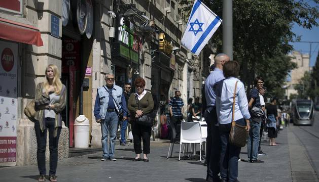 Las sirenas antiaéreas recuerdan en Israel a las víctimas del Holocausto