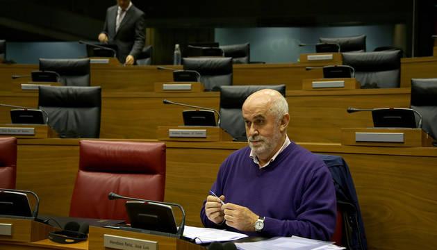 El Parlamento insta a mantener la escuela rural como institución educativa