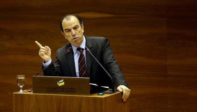 El regionalista Carlos García Adanero, en una intervención en el Parlamento de esta legislatura.