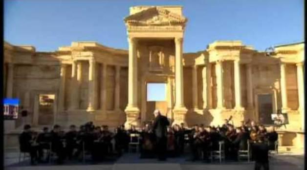 Histórico concierto de música clásica en Palmira tras serle arrebatada al ISIS