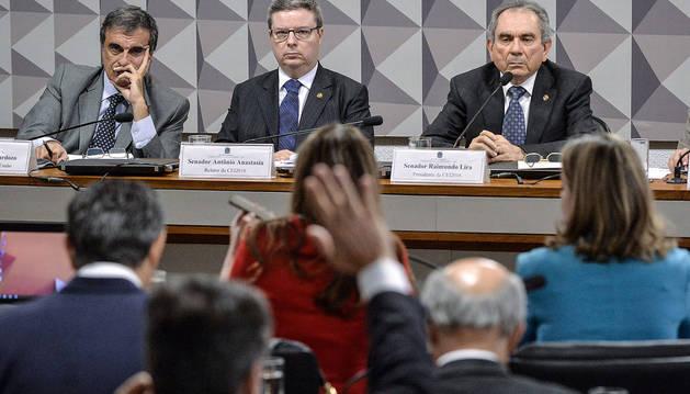 Rousseff queda en manos de un Senado inclinado a su destitución